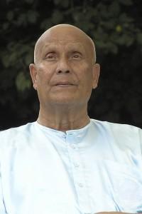ckg_meditating-diksha